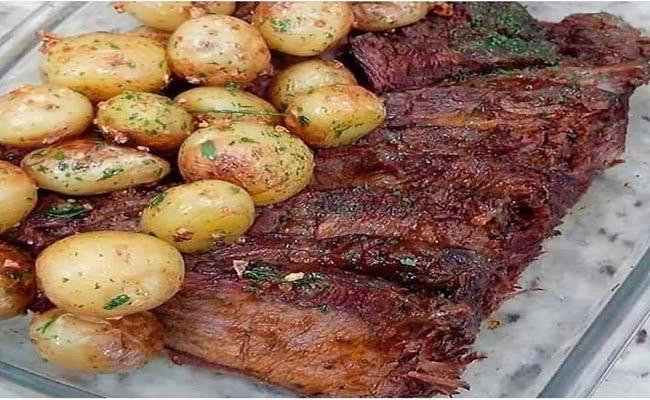 Receita de Carne Assada com Batatas Sautê