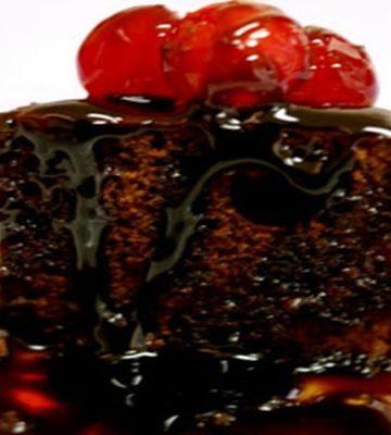 Receita de Brownie com cobertura quente de Danette