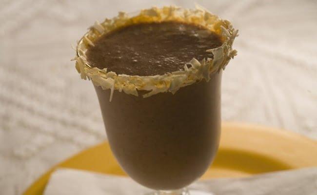 Receita de Café com amarula e nutella
