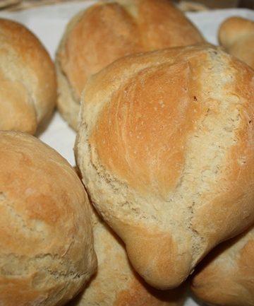 Receita de Carcaças Rápidas Pão Português