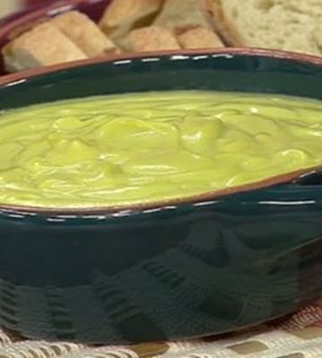Receita Maionese de Abacate com Salada Mista