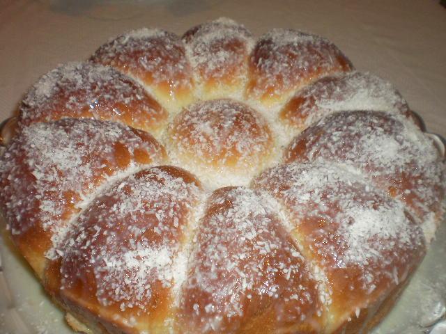 Receita de Rosca de leite Condensado Recheada com Goiabada