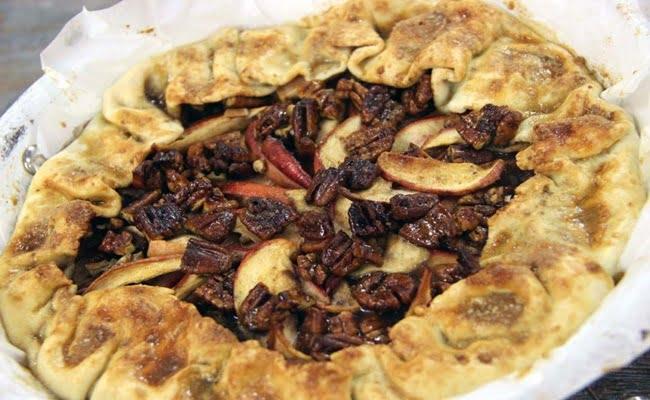 Receita de Torta de Maçã com Nozes Pecan