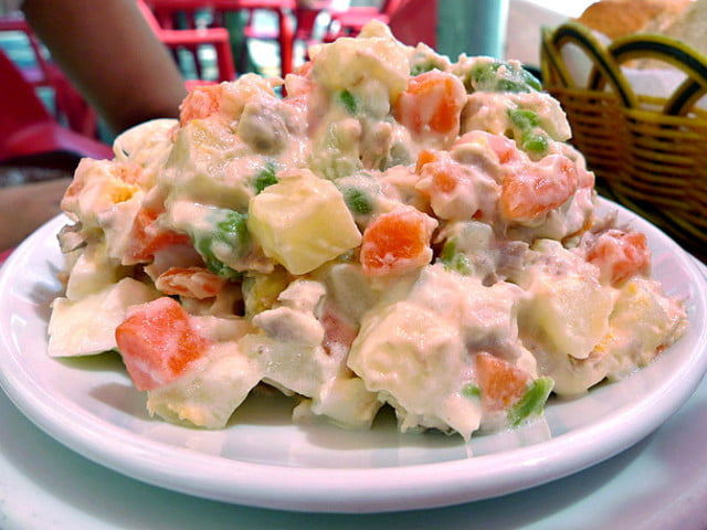 Salada Olivier Salada Russa